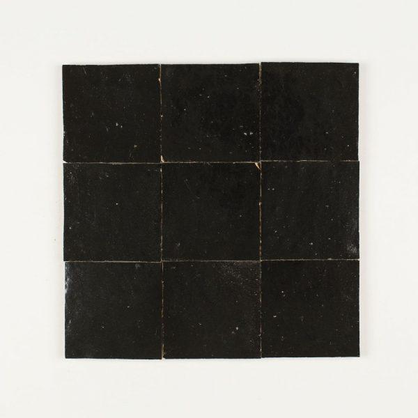 4x4 Black 9